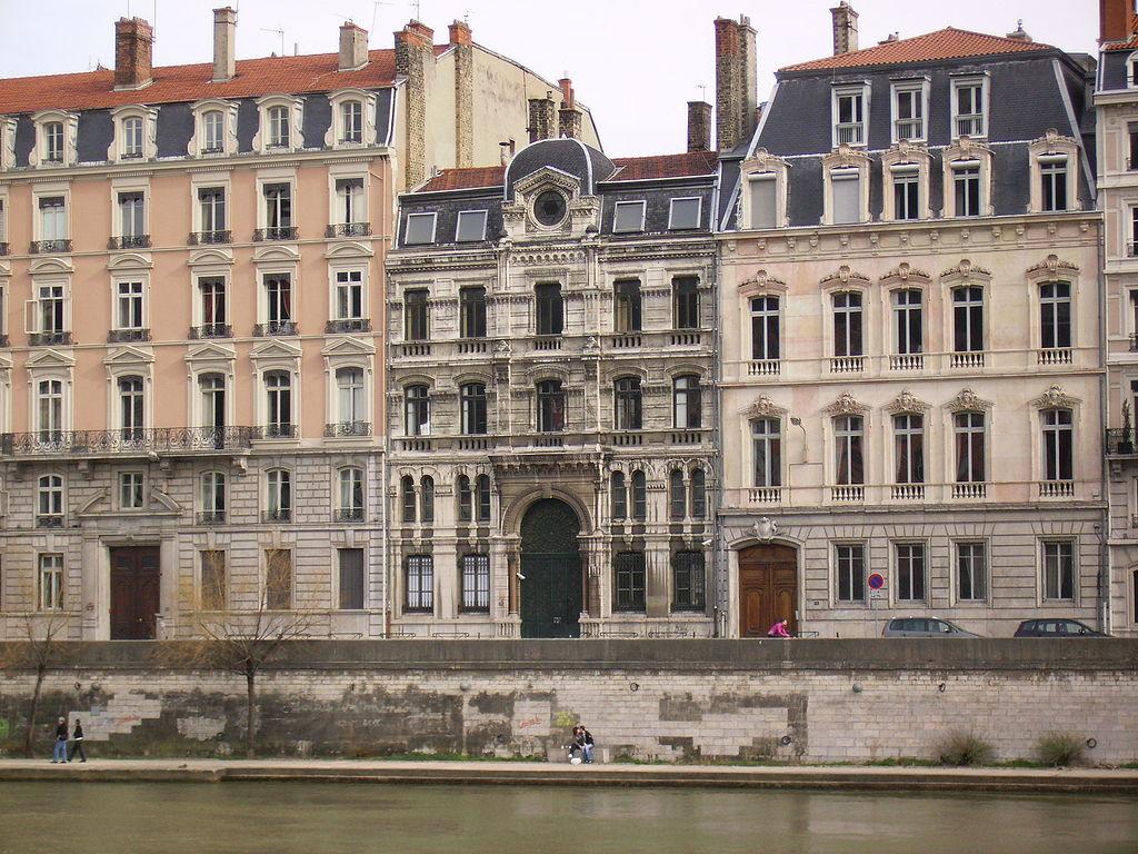 1024px-Synagogue_Lyon2_fr_facade